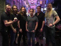 Hammerfall kiinnitetty Napalm Recordsille