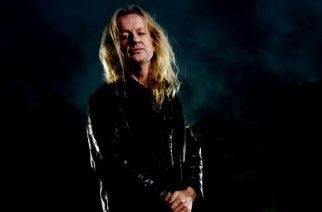 """""""Ainoastaan sataprosenttinen suoritus riittää, jos haluat olla täysin rehellinen faneillesi"""" – Haastattelussa omaelämäkerran julkaissut Judas Priestin legendaarinen kitaraseppä K. K. Downing"""