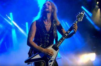 """Judas Priestin Richie Faulkner kertoo, että jälleen Glenn Tiptonin kanssa soittaminen """"sai ihon kananlihalle"""""""
