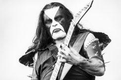 Immortalin Abbath esiintyi kauheassa humalassa keikalla New Yorkissa: katso video miehen esiintymisestä