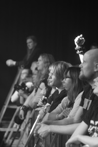 Yleisöä (16)