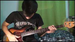 Davie504 näyttää mallia kuinka tehdään hemmetinmoinen bassosoolo käyttäen ainoastaan yhtä basson kieltä