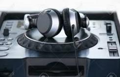 Artistien musiikin suoratoistopalveluilla saadut tulot ylittivät ensi kertaa digitaalisten kappaleiden myynnin