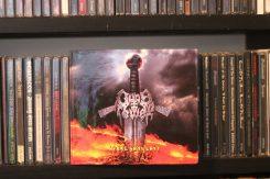 Alice Cooperista Watainiin – Matka erään toimittajan levyhyllyihin, osa 7: Gods Tower – Steel Says Last