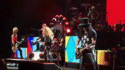 """Slash: """"Tuntuu epätodelliselta, että Guns N´ Roses on kiertueella"""""""