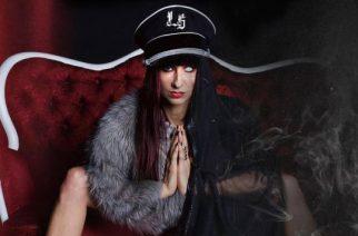 "Liv Sin coveroi Danzigin ""Devil's Plaything"" -kappaletta"
