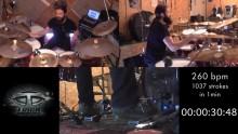 1037 iskua minuuttiin: katso Melechesch -rumpali Kevin Paradisin epävirallinen maailmanennätys tuplabasarien soitossa