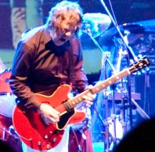 Gary Mooren kitarakokoelma huutokaupataan kesäkuun lopussa