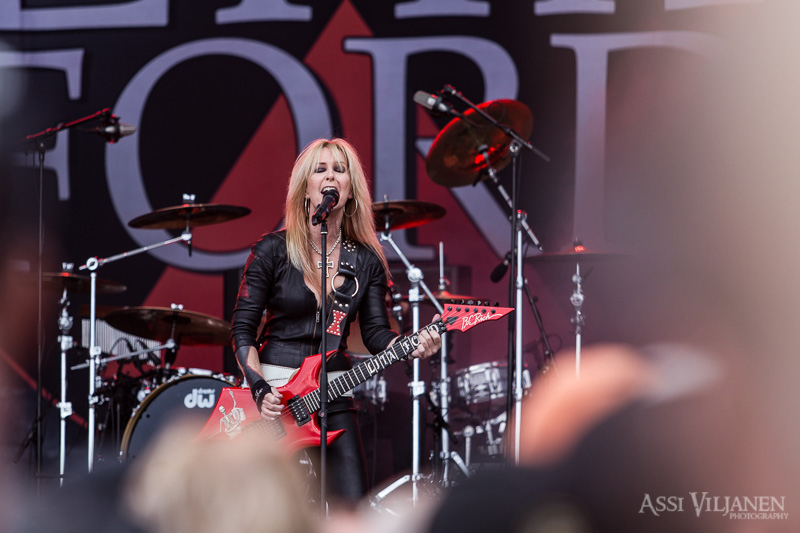 lita-ford-sweden-rock-8680