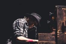 Maailman arvostetuimpiin laulaja-lauluntekijöihin lukeutuva Neil Young Hartwall Areenalla: katso Hannu Tiaisen kuvagalleria keikalta