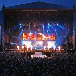 Osallistu kilpailuun ja voita liput itsellesi sekä ystävällesi Nightwishin keikalle Lahteen!