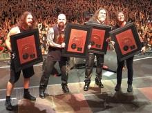"""Slayerille kultalevy viimevuotisesta """"Repentless""""-albumistaan Puolassa"""