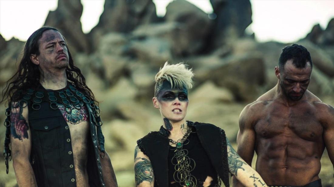 """Otep laittoi uuteen uskoon Rage Against The Machinen """"Wake Up"""" -kappaleen: lopputulos kuunneltavissa"""