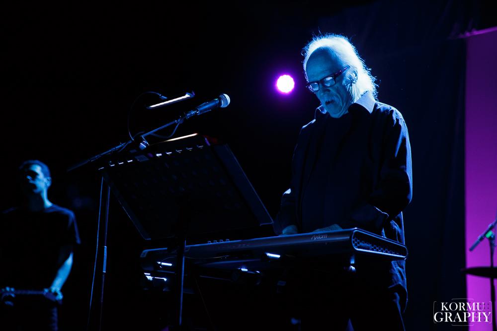 """John Carpenterin tulevan albumin ensimmäinen sinkku julkaistu – kuuntele """"Weeping Ghost"""""""