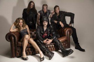 "Cradle Of Filthin laulajan Dani Filtihin kipparoimalta Devilmentilta video ""Hell At My Back"" -kappaleesta"