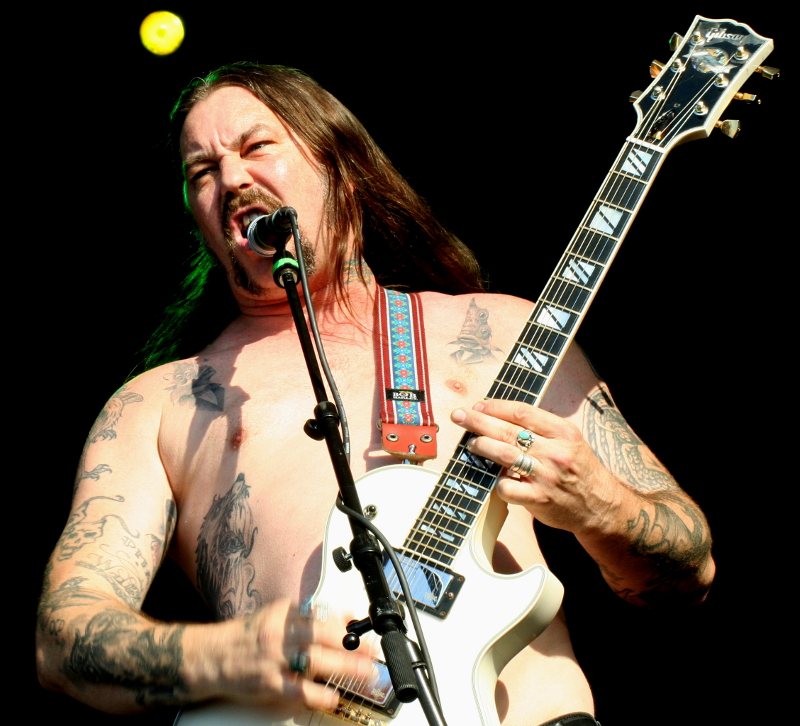 matt-pike-sleep-high-on-fire