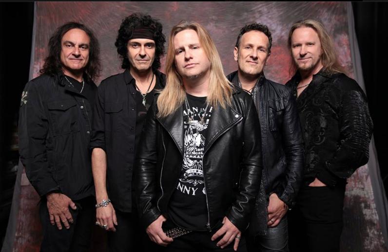 Entisten Dio-muusikoiden muodostaman Last In Linen Lontoon-konsertista katsottavissa videomateriaalia
