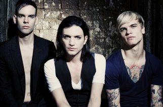 Placebo heitti takaisin nuoruusmuistoihin Hartwall Arenalla 20.10.2016