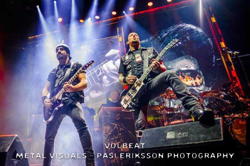 """Volbeat julkaisi eilen ilmestyneen livealbumin kunniaksi livevideon """"Sorry Sack Of Bones"""" -kappaleesta"""