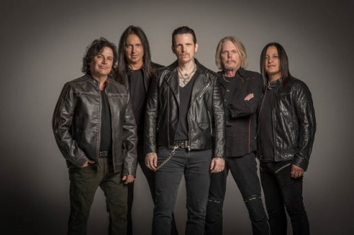 Thin Lizzyn jäsenten luotsaama Black Star Riders julkaisi uuden lyriikkavideon