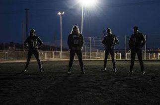Heavy rockia Samhainin sekä The Dictatorssin hengessä: Kaaoszinen ensisoitossa Initiatedin debyytti