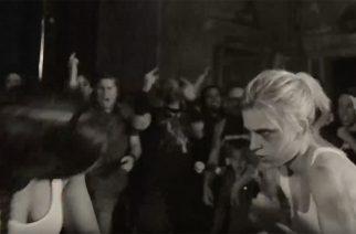 """Metallicalta fight club-aiheinen musiikkivideo """"Halo On Fire"""" -kappaleesta"""