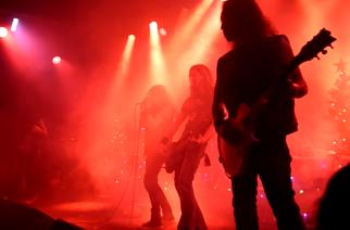 "Näin taipuu Death Angelilta Black Sabbathin ""Falling Off the Edge of the World"" -kappale"