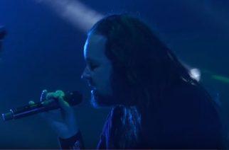 Kornin Jonathan Davisilla ongelmia äänen kanssa: yhtye joutuu peruuttamaan Pointfestin keikan