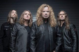 Megadethin kanssa telttailemaan Dave Mustainen takapihalle 5 499 dollarilla