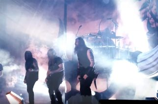 Amon Amarth kertoo kiertueestaan, faneistaan ja shown tärkeydestä minidokumentilla