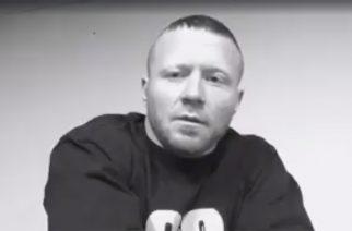 """King 810 -yhtyeen keulamies David Gunn julkaisi soolomateriaalia kappaleen """"Pyrex Pirate"""" muodossa"""
