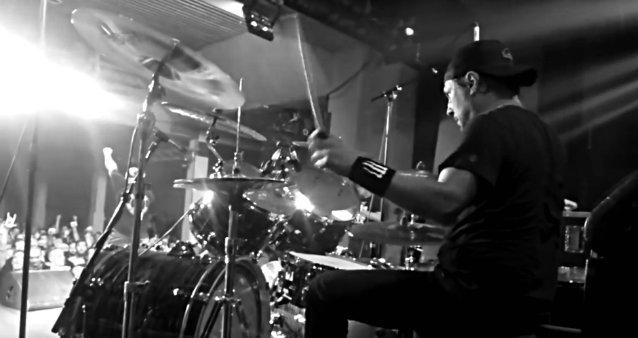 """Historian kirjat olisivat voineet mennä toisin: Dave Lombardo oli lähellä liittyä Megadethin riveihin ennen Slayerin """"Reign In Bloodin"""" nauhoituksia vuonna 1986"""