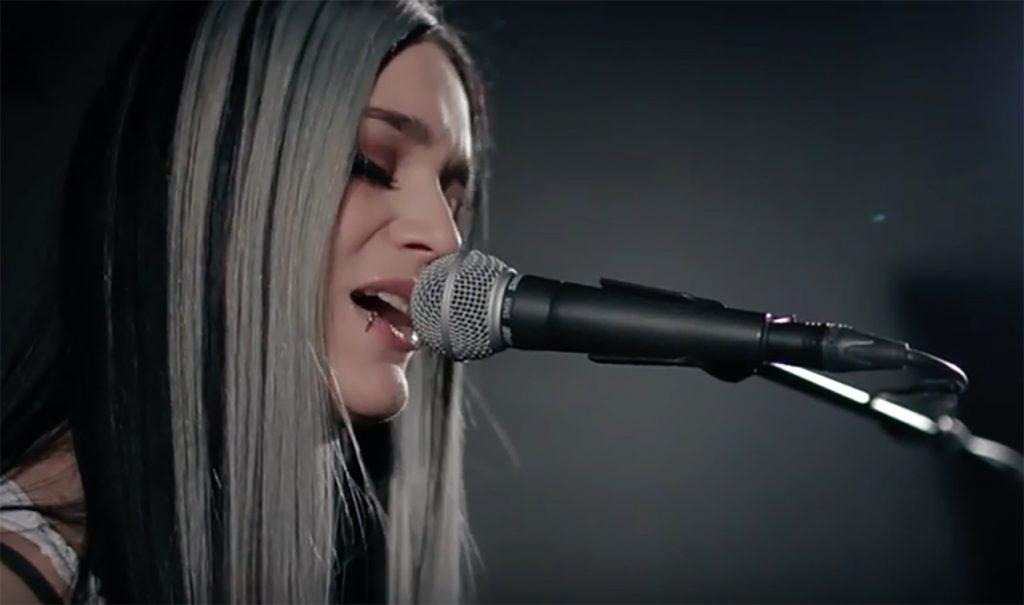 """Forever Still - """"Miss Madness"""" -musiikkivideo"""