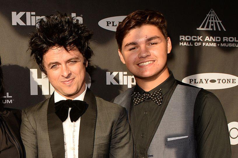 Green Day-keulahahmon nuorempikin poika seuraa isänsä jalanjälkiä –  kuuntele kolme uutta kappaletta