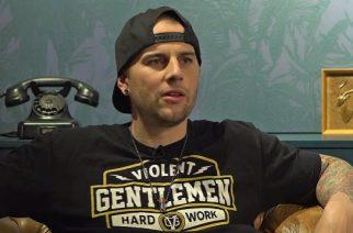 """Avenged Sevenfoldin M. Shadows: """"Videopelit auttoivat minua pääsemään yli Revin kuolemasta"""""""