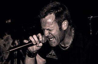 Iced Earthin entiseltä laulajalta Matthew Barlowilta uusi projekti nimeltä Sentinels