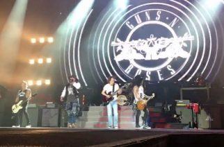 AC/DC:n Angus Young nousi lavalle Guns N´ Rosesin kanssa Australiassa: katso livevideoita keikalta