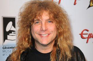 Nykyteknologiaan nuivasti suhtautuva alkuperäinen Guns N' Roses-rumpali ikävöi 80-luvun rockskeneä