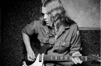 The Hellacoptersin kitaristi Robert Dahlqvist on kuollut (1976-2017)