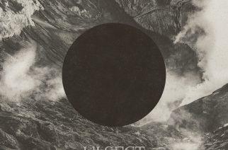 Mustassa aukossa – Ulsect s/t
