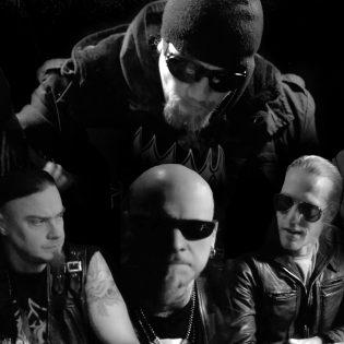 Mustaa metallia pääsiäiseen: Ajattaralta uusi musiikkivideo