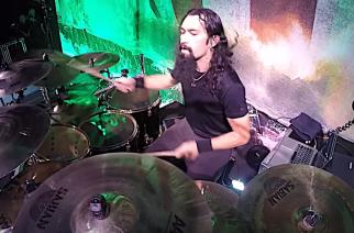 """Amon Amarthin Jocke Wallgren soittamassa """"As Loke Falls"""" -kappaletta: katso rumpuvideo"""