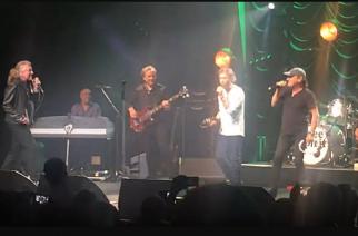 Brian Johnson palasi lavalle Robert Plantin ja Paul Rodgersin kanssa – katso video