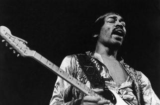 Jimi Hendrix – Arvostelussa rokkareille suunnattu kolikkopeli!