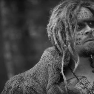 Korpiklaanin Jonne Järvelän luotsaamalta Jonnelta uusi muusiikkivideo