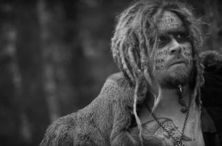 Korpiklaanin nokkamiehen ja eturivun metallimuusikoiden muodostaman Jonnen uusi musiikkivideo nyt katsottavissa