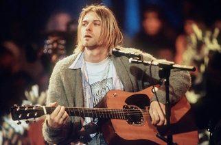 Huuda itsellesi Kurt Cobainin käyttämä vihreä villatakki – lähtöhinta noin 180 000 euroa