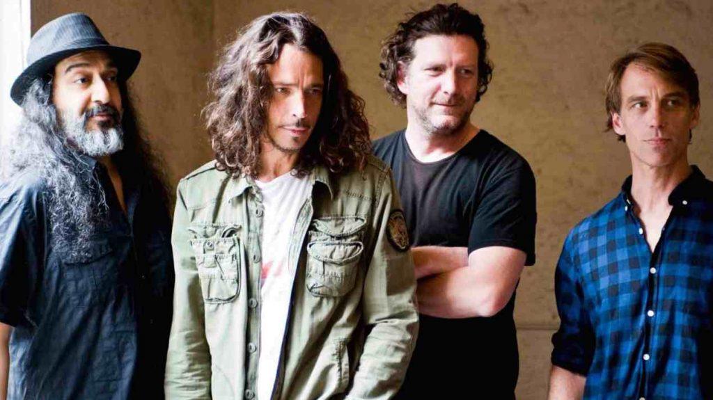 Vicky Cornell kertoo julkaisevansa aiemmin kuulematonta Soundgarden-materiaalia