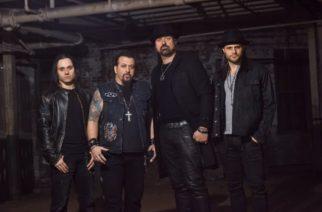 Adrenaline Mob joutui vakavaan liikenneonnettomuuteen Floridassa: yhtyeen basisti menehtynyt