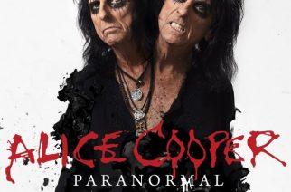 """Alice Cooper on vieläkin rock-maailman elinvoimaisimpia ja omaperäisimpiä artisteja – arvostelussa """"Paranormal"""""""